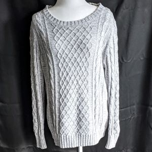 Old Navy NWOT Gray Knitted Sweater